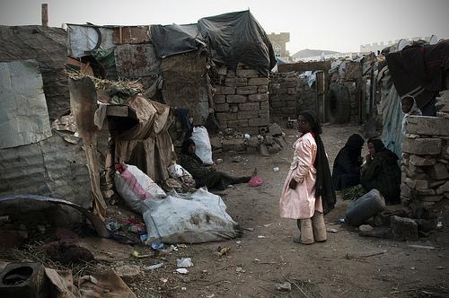 https://themoealibeirutvibes.files.wordpress.com/2012/05/yemen-poverty.jpg?w=620